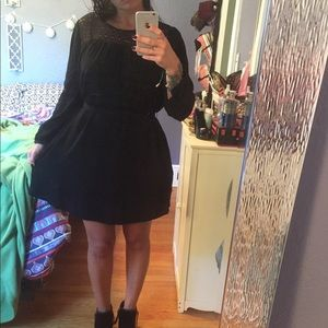 Gap belted black long sleeve dress with pockets